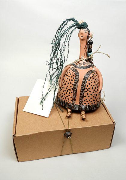 Plangona: Bell-shaped doll