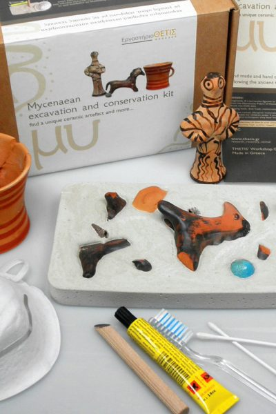 Mycenaen excavation and conservation kit find and restore a unique decorated object : female figurine or horse figurine or a mug