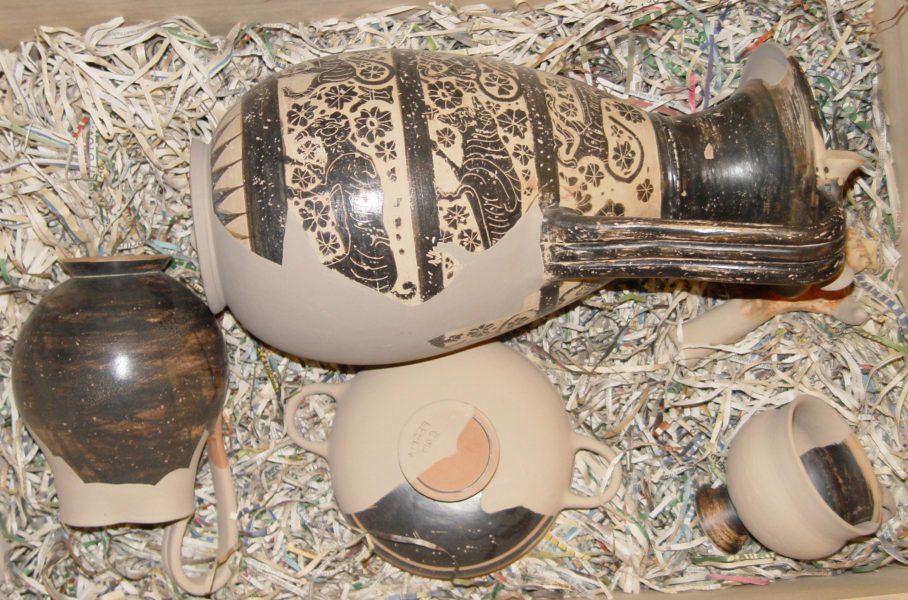 Corithian vases  Athens METRO - Egaleo
